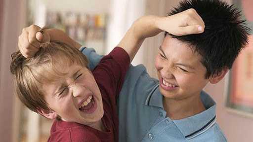 Задирают в школе, как помочь ребенку