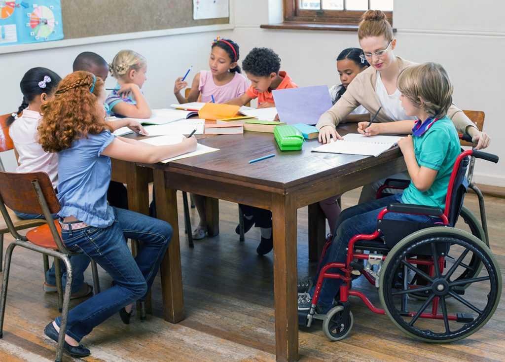 Ребенок с ограниченными возможностями - как школа будет заботиться о нем